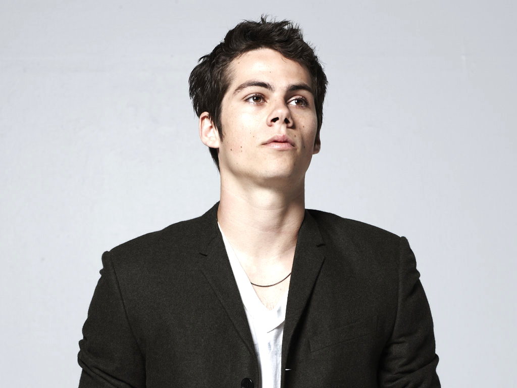 dylan obrien Dylan o'brien was born in new york city, to lisa rhodes, a former actress who also ran an acting school, and patrick b o'brien, a camera operator his father is of.