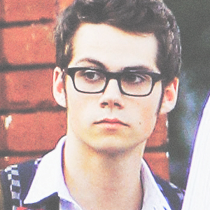 Dylan O'Brien karatasi la kupamba ukuta probably containing a business suit called Dylan in Glasses <3