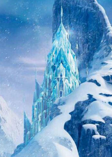 Frozen wallpaper probably with a ski resort, an igloo, and a snowbank titled Elsa's kastil, castle