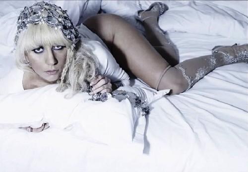Gaga Outtakes 由 Nicolas Hidiro