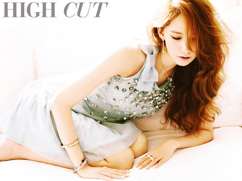 Girls' Generation's Yuri and YoonA in 'High Cut'