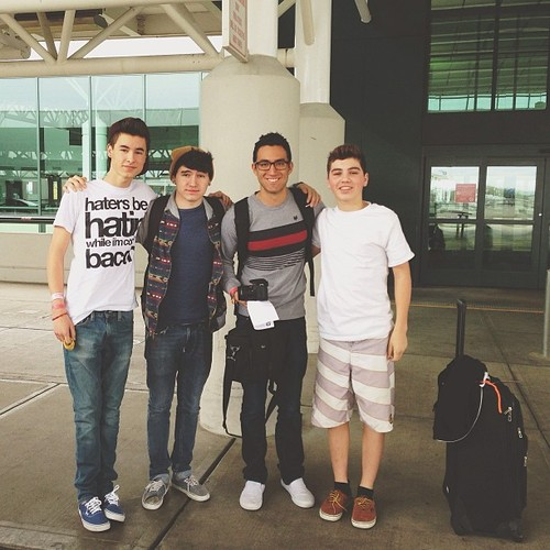 jc caylen fondo de pantalla containing a ropa de trabajo and a calzada entitled Jc, Kian, Ricardo, & Sam!