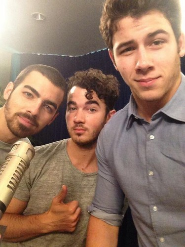 Jonas brothers radio Disney