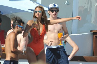 July 7th - Niall Horan At Ocean সৈকত Club In Marbella, Spain
