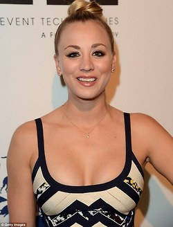 Kaley Cuoco fond d'écran probably with attractiveness and a portrait entitled Kaley <3
