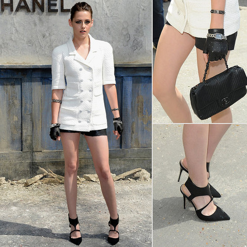 Kristen at the Chanel Couture Fashion 表示する for Fashion Week in Paris,France