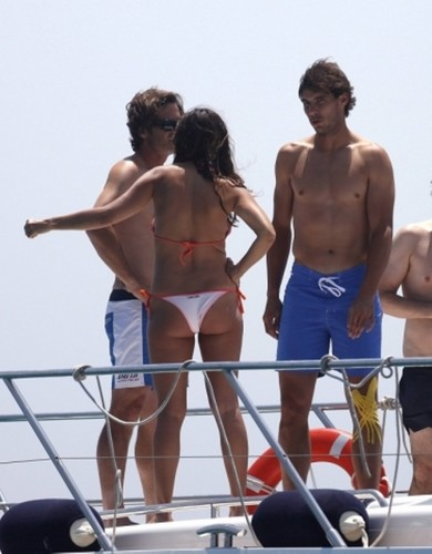Nadal and hot girl with sexy cul, ass !
