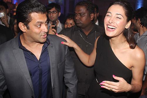 Nargis and Salman Khan