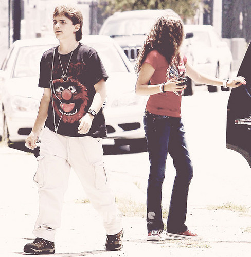 Paris Jackson wallpaper probably with a sign titled Prince Jackson and Paris Jackson ♥♥