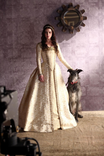 Reign [TV Show] fondo de pantalla entitled Reign - Photoshoot