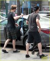 Robert grocery shopping on  July 5,2013 - robert-pattinson-and-kristen-stewart photo