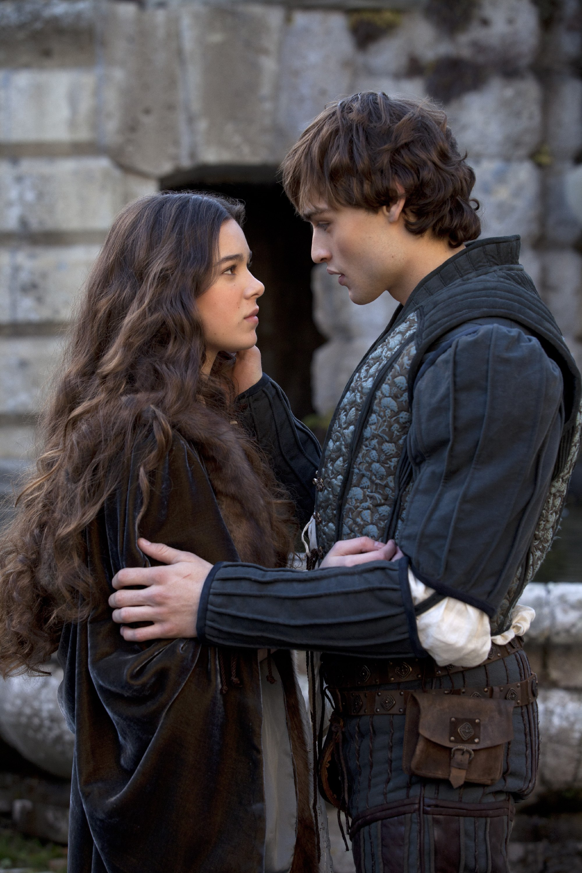 Romeo and Juliet (2013...