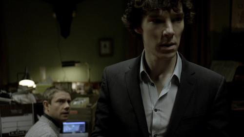 Sherlock 1x01- A Study in गुलाबी