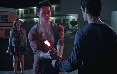 TW 3×06 – Motel California