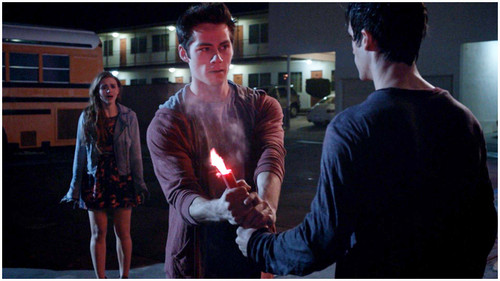 TW -3×06 – Motel California