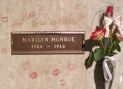 The Gravesite Of Marylin Monroe