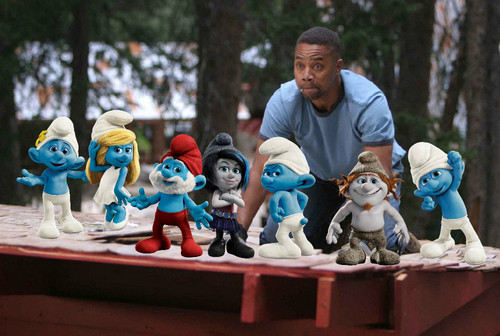 The Smurfs 2 and Daddy दिन Camp