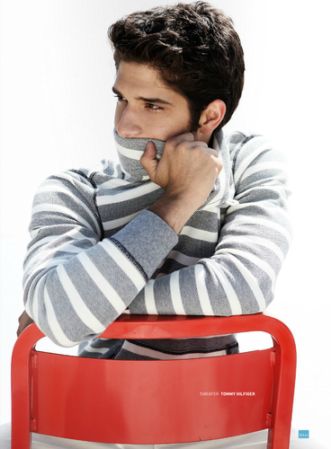 Tyler Posey scans in Bello Mag