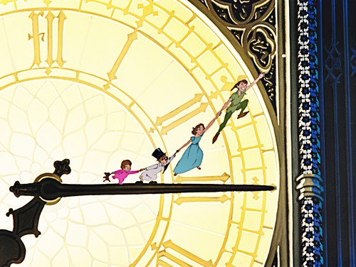 Walt डिज़्नी Screencaps - Tinker Bell, Peter Pan, Wendy Darling, John Darling & Michael Darling