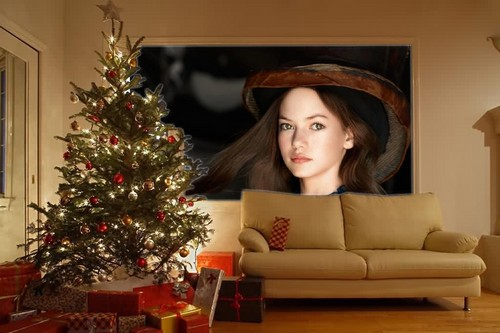Mackenzie Foy 壁纸 containing a living room, a family room, and a 巢穴, den, 书房 titled lovely mackenzie