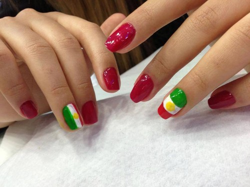 nail polish(flag of kurdistan)