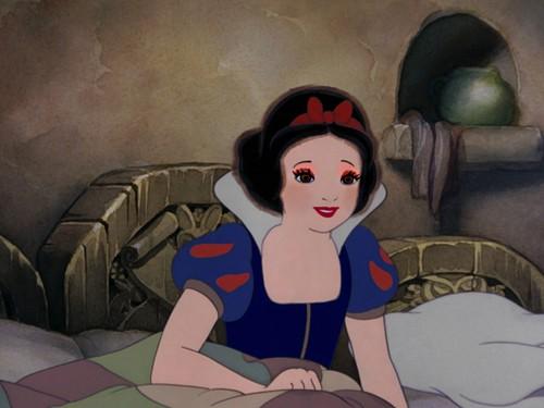 snow white's matured look