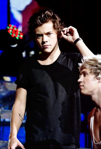 ╰☆╮ Harry ╰☆╮