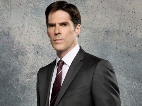 SSA Aaron Hotchner 바탕화면 containing a business suit, a suit, and a double breasted suit entitled Aaron Hotchner
