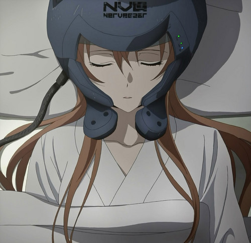 Asuna still in a coma with her Nervegear :(
