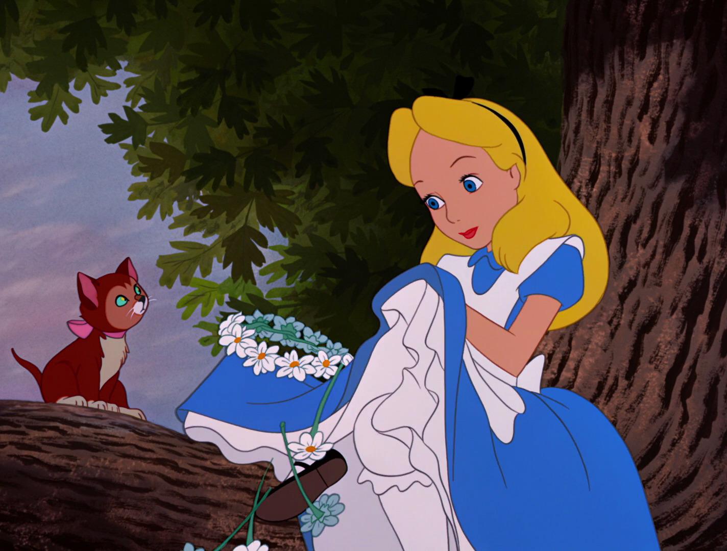 Beginning Scene of Alice in Wonderland