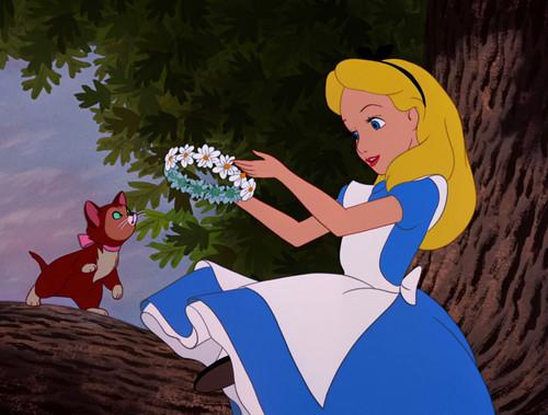 Alice in Wonderland wallpaper probably containing anime titled Beginning Scene of Alice in Wonderland