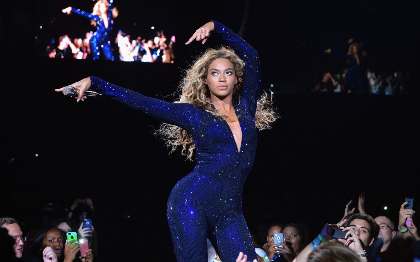 Beyonce images beyonce performing hd wallpaper and for 1234 get on the dance floor hd video download