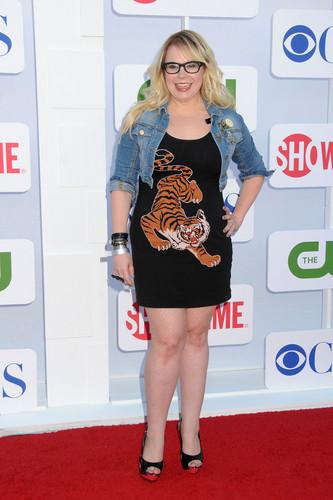 커스틴 뱅스니스 바탕화면 probably with bare legs, a sign, and a hip boot entitled CW, CBS and Showtime Summer TCA Party 2012