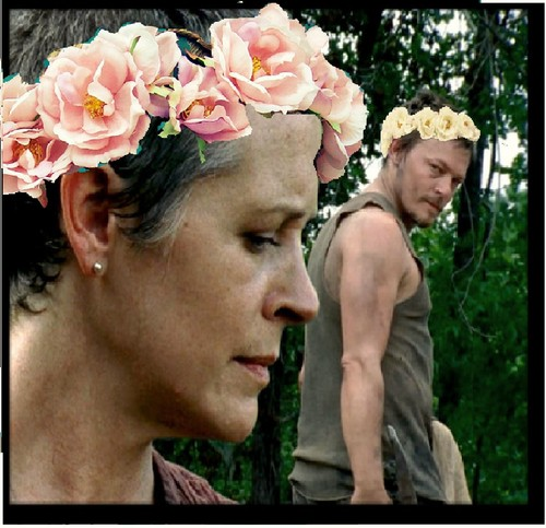 Carol and Daryl flor crowns