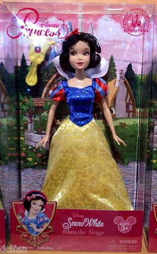 ডিজনি Princess Snow White NEW 2013 Exclusive Doll