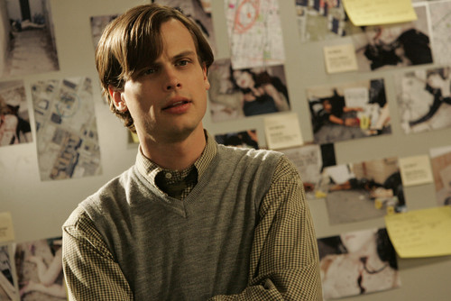 Dr. Spencer Reid Hintergrund possibly containing a zeitungsstand, kiosk entitled Dr. Spencer Reid