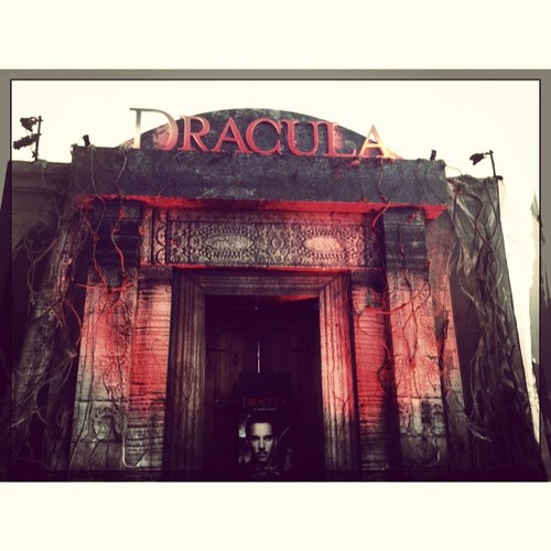 Dracula's Crypt at SDCC