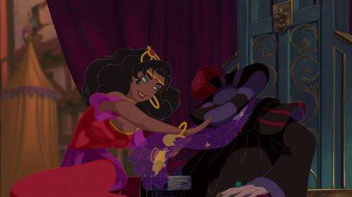 Esmeralda - Dancing at Topsy-Turvy день