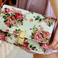Floral cute clutch - teen-fashion photo