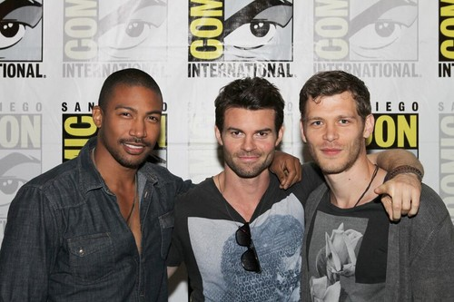 Joseph morgan at Comic Con 2013 with Daniel Gillies and Charles Michael Davis