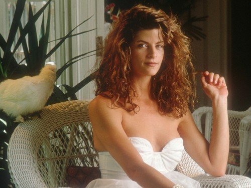 Kirstie Alley wallpaper containing a cockateel titled Kirstie Alley