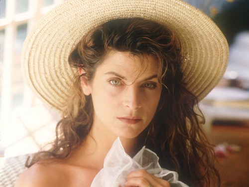 Kirstie Alley wallpaper containing a snap brim hat, a sombrero, and a campaign hat entitled Kirstie Alley