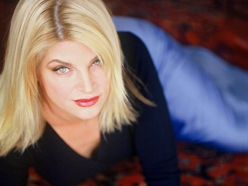 Kirstie Alley wallpaper with a portrait called Kirstie Alley