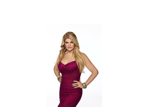Kirstie Alley wallpaper probably containing a dinner dress, a cocktail dress, and a gown called Kirstie Alley