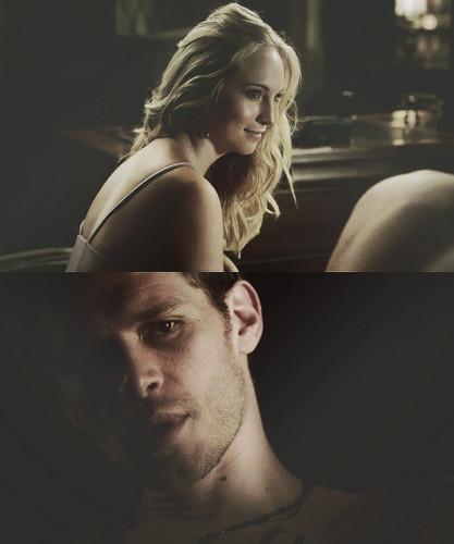 Klaus & Caroline AU