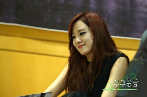 Lee Joo Yeon (After School) - First 爱情 粉丝 Signing Event Pics