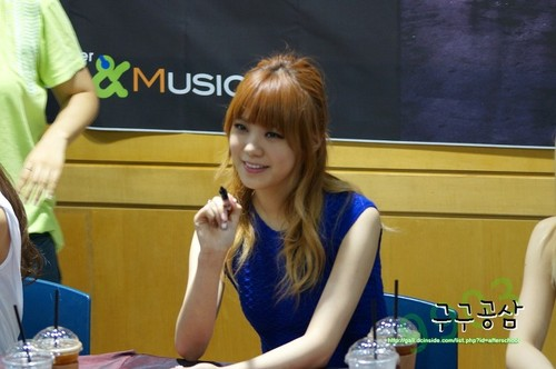Lizzy (After School) - First Love Fan Signing Event Pics