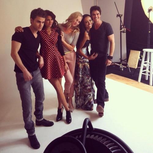 Nina at Comic Con 2013 (TV Guide Magazine)