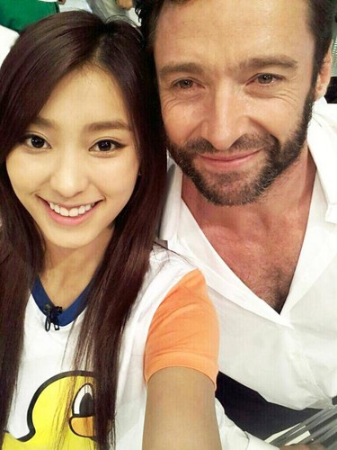 SISTAR's Bora with Hugh Jackman