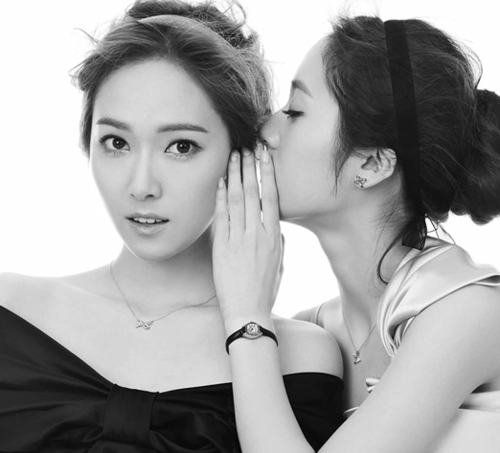SNSD Jessica and f(x) Krystal's photos from 'STONEHENgE ... F(x) Krystal And Jessica
